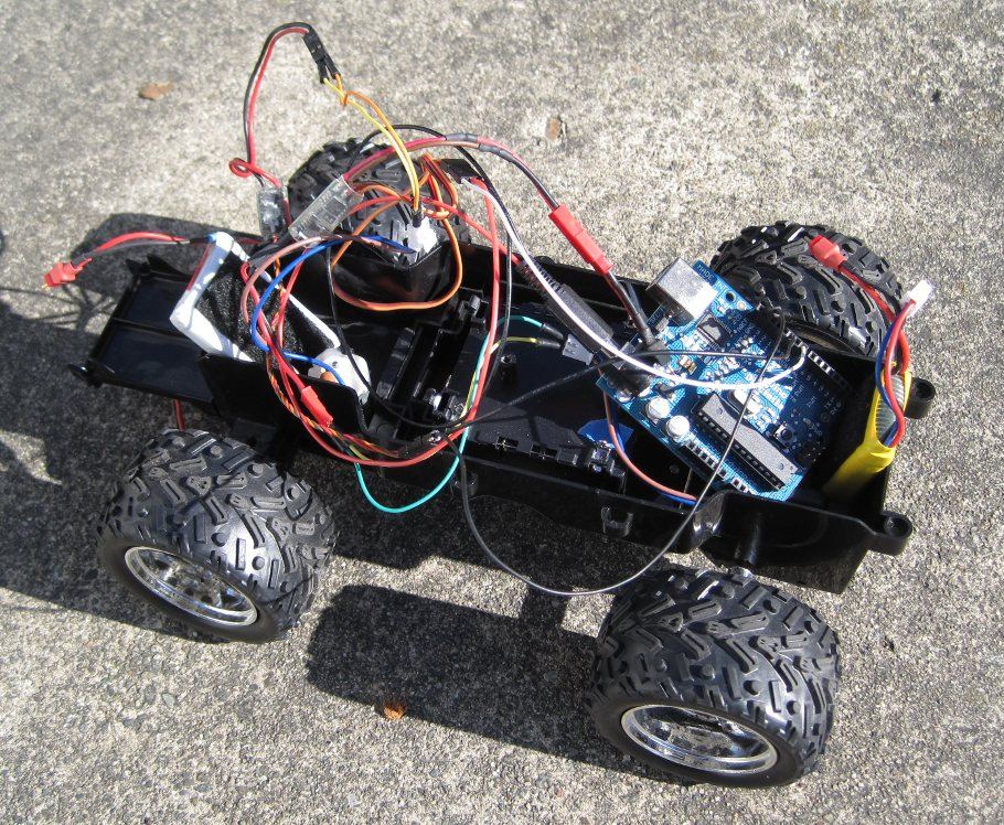 [Arduino-powered truck]