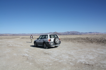 [Mojave Rd crossing Soda Lake]