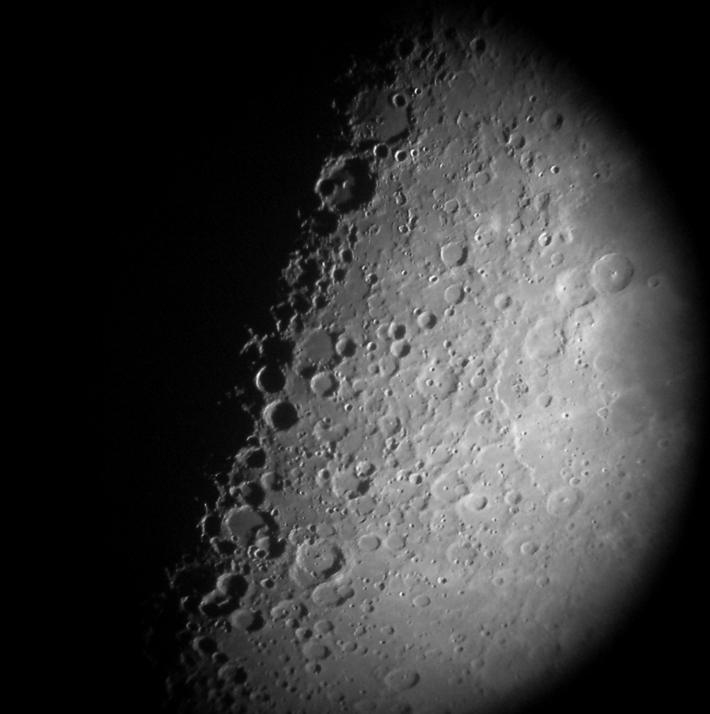 "The Lunar ""X"" is a first quarter moon phase apparitionpresent near the ..."